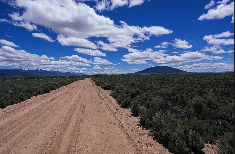 5 Acres near the Rio Grande RIver! Hunt, fish, camp, LIVE!